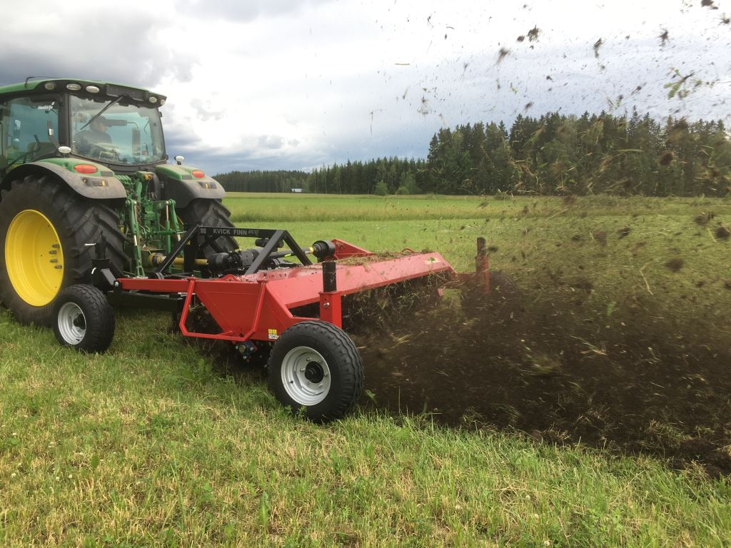 Bio 3250 HD opening grassland_1